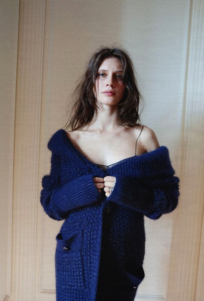 Interview-Germany-November-2013-Marine-Vacth-Juergen-Teller-78iuuu